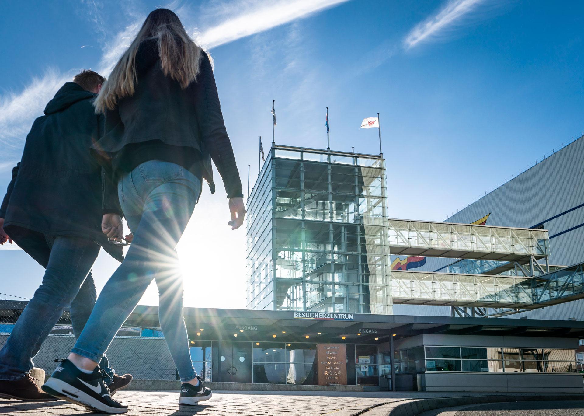 Künftig ist eine eigene Anreise direkt zum Besucherzentrum MEYER WERFT nötig. Foto: Papenburg Marketing GmbH